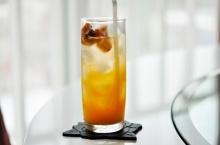 น้ำส้มบ๊วยโซดา
