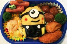 เอาใจคนรัก Minion ด้วยข้าวห่อไข่รูป Minion ที่ทำได้อย่างง่ายๆ