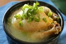 ไก่ตุ๋นโสม ซุปเด็ดบำรุงกำลังจากเกาหลี