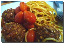 สปาเก๊ตตี้มีทบอล Spaghetti Meatballs