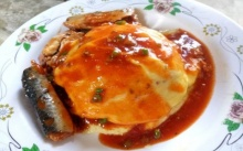 ข้าวไข่ข้นปลากระป๋อง