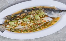 ปลากะพงนึ่งมะนาว