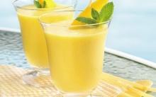 """Mango Honey"" สมูทตี้มะม่วงชื่นใจคลายร้อน"